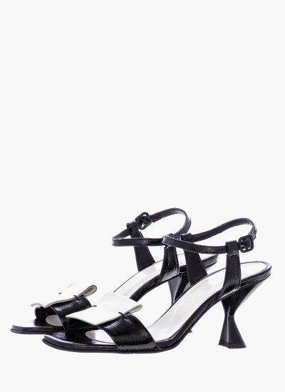 Women Sandals Low 61 Black Leather B