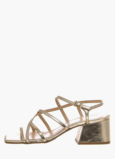 Women Sandals Low 47 Gold Leather B