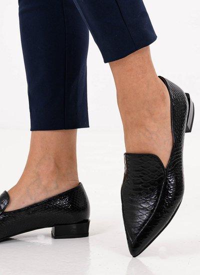 Women Moccasins 4 Black Leather B