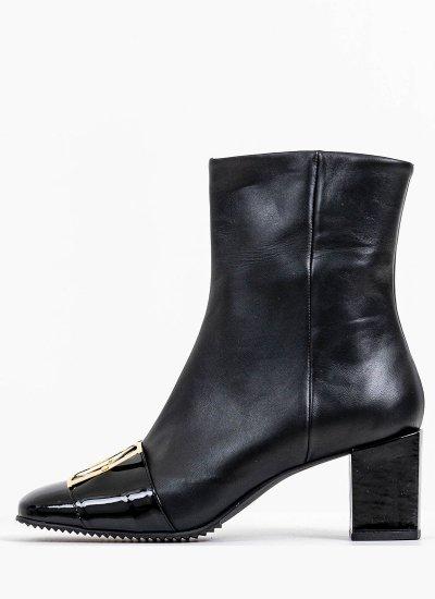 Women Boots 59 Black Leather B