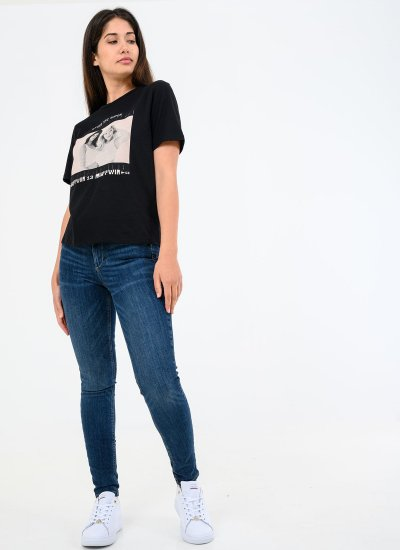 Women T-Shirts - Tops Photo.Square Black Cotton Kendall+Kylie